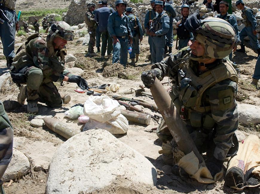 Fouille opérationnelle en Afghanistan, e juin 2010.