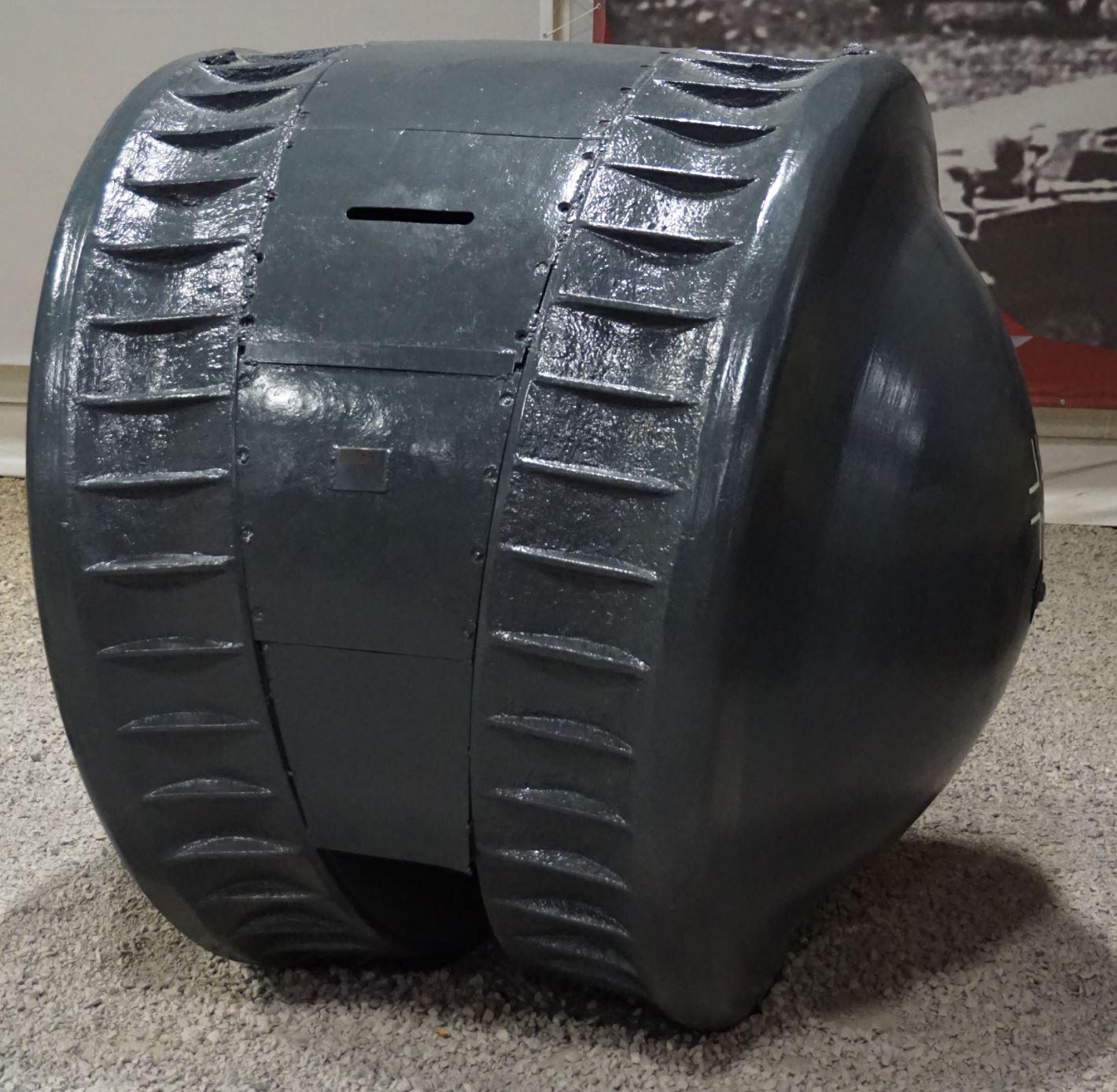 Le Kugelpanzer . Park-Patriot-Expo-blind%C3%A9s-44-THEATRUM-BELLI-St%C3%A9phane-Gaudin